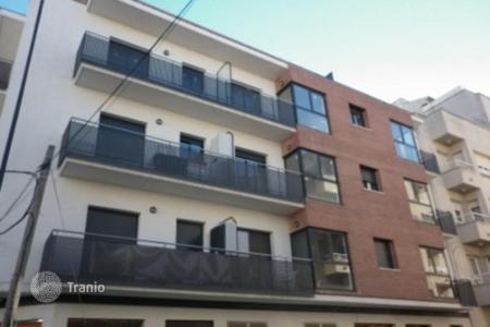Cheap 2 bedroom apartments for sale in Costa Dorada. Apartment – Tarragona, Catalonia, Spain