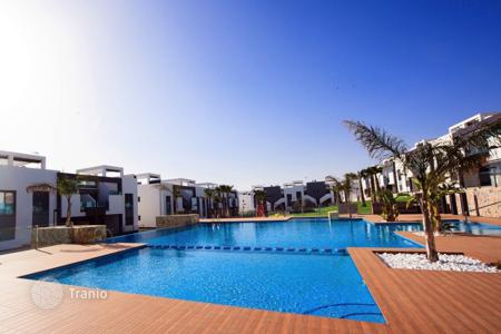 Cheap 3 bedroom apartments for sale in Guardamar del Segura. Apartment – El Raso, Guardamar del Segura, Valencia,  Spain