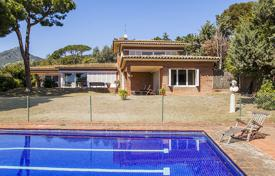 Houses for sale in Cabrera de Mar. Villa – Cabrera de Mar, Catalonia, Spain