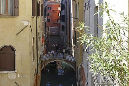 Property to rent in Veneto. San Marco