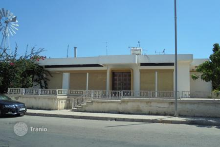Luxury property for sale in Paphos (city). Three Bedroom Detached House