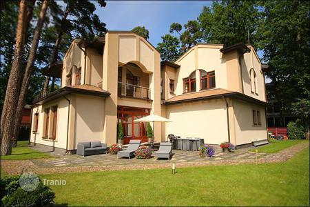 Luxury houses for sale in Jurmalas pilseta. Townhome – Jurmalas pilseta, Latvia