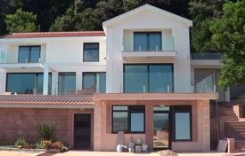 Luxury 4 bedroom houses for sale in Herceg-Novi. Townhome – Herceg Novi (city), Herceg-Novi, Montenegro