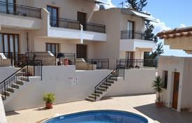 2 bedroom houses for sale in Peyia. 2 Bed Townhouse Peyia Sea Views