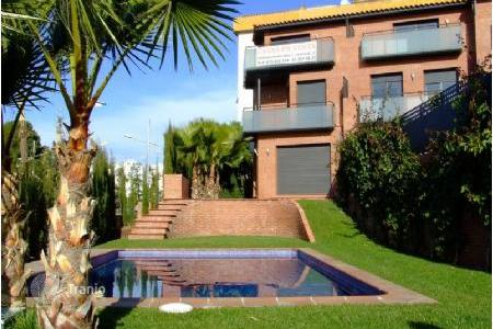 Townhouses for sale in Sitges. Terraced house - Sitges, Catalonia, Spain