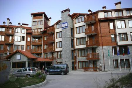 Cheap apartments for sale in Mountains in Bulgaria. Apartment – Bansko, Blagoevgrad, Bulgaria