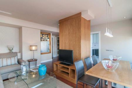 Penthouses for sale in Catalonia. Penthouse with terrace and furniture in Barcelona