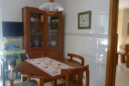 5 bedroom houses for sale in Canet de Mar. Villa - Canet de Mar, Catalonia, Spain