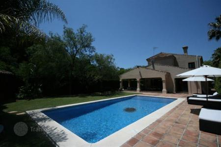 Property for sale in Fuente Vaqueros. Villa – Fuente Vaqueros, Andalusia, Spain