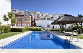 Townhouses for sale in Andalusia. Beautiful Town House, Monte Mayor, Benahavis