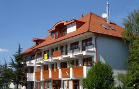 Apartments for sale in Zala. Two-bedroom apartment in the center of the resort town of Hévíz, Hungary