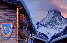 5 bedroom villas and houses to rent in Valais. Chalet – Zermatt, Valais, Switzerland