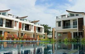 Townhouses for sale in Southeastern Asia. It is a magnificent villa complex, situated in 200 meters from the Rawai Beach in the south of Phuket, Thailand