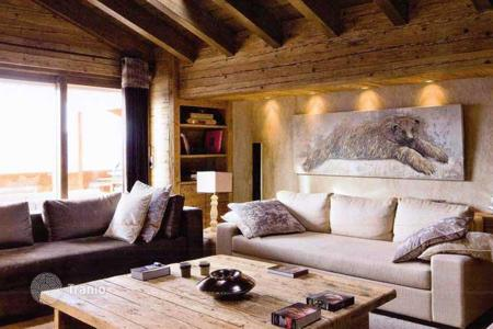 Property for sale in Salzburg. Comfortable apartments in alpine forest in Saalbach