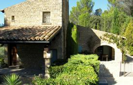 Close to Lourmarin — Charming villa for 760,000 €