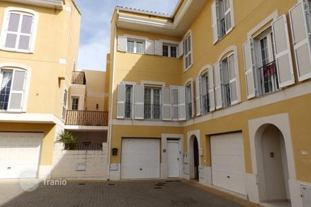 Cheap townhouses for sale in Jesus Pobre. Townhouse of 4 bedrooms in Dénia