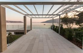 Luxury houses with pools for sale in Montenegro. Villa – Herceg Novi (city), Herceg-Novi, Montenegro