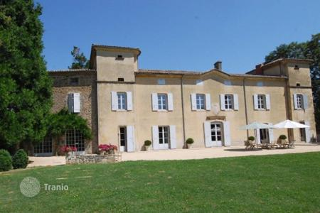 Property for sale in Aquitaine. Castle – Aquitaine, France