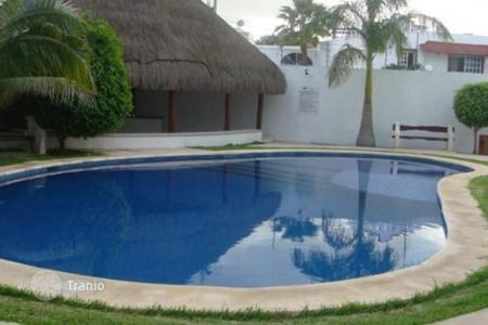 Houses for sale in cancun buy villas in cancun homes for Villas quintana roo