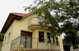 Houses for sale in Pilisborosjenő. Detached house – Pilisborosjenő, Pest, Hungary