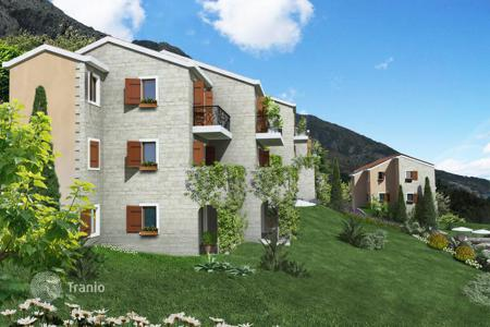 Apartments with pools for sale in Katun Rezevici. Apartment – Katun Rezevici, Budva, Montenegro