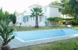 Sale of luxurious Neoclassical Villa in Peloponesse/Ilia County for 280,000 €