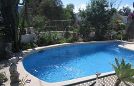 Cheap 2 bedroom houses for sale in Calpe. Villa of 2 bedrooms in Calpe