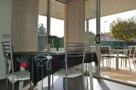 4 bedroom houses for sale in Calafell. House Costa Dorada