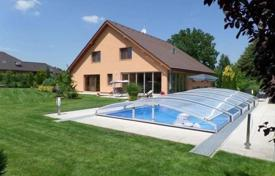 4 bedroom houses for sale in Central Bohemia. Villa – Sulice, Central Bohemia, Czech Republic