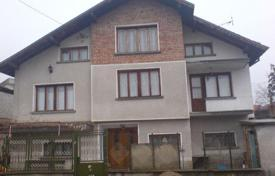 Property for sale in Ihtiman. Detached house – Ihtiman, Sofia region, Bulgaria