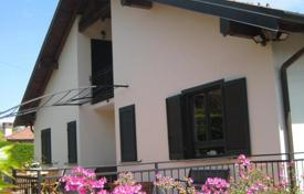 Bright house with a balcony, a pool and a terrace, near the city center, Ranco, Lombardy, Italy for 370,000 €