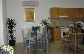 3 bedroom apartments by the sea for sale in Paphos. 3 Bedroom Apartment in Central Universal