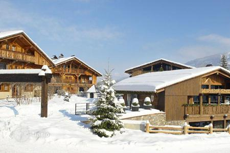 Commercial property to rent overseas. Hotel – Megeve, Auvergne-Rhône-Alpes, France