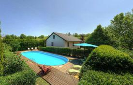 Houses with pools for sale in Keszthely. Villa – Keszthely, Zala, Hungary