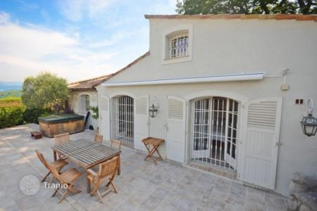 3 bedroom houses for sale in Mougins. Villa with a fireplace, a garden, a terrace and a jacuzzi, in the historic center of the city, Mougins, France