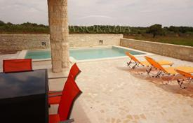 Apartments with pools by the sea for sale in Croatia. Apartment – Ližnjan, Istria County, Croatia
