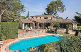 Luxury 6 bedroom houses for sale in La Roquette-sur-Siagne. Close to Mougins — Charming Provencal villa