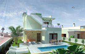 Houses with pools for sale in Ciudad Quesada. 3 bedroom villa with pool in Ciudad Quesada