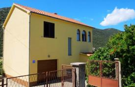 3 bedroom houses by the sea for sale in Croatia. Furnished two-storey house with a terrace, a garden and a parking near the beaches, Peljesac, Croatia