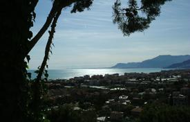 Coastal houses for sale in Province of Imperia. Villa – Province of Imperia, Liguria, Italy