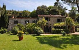 Luxury houses for sale in Massa Marittima. Villa – Massa Marittima, Tuscany, Italy
