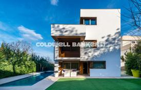 Luxury 5 bedroom houses for sale in Catalonia. Villa – Sant Cugat del Vallès, Catalonia, Spain
