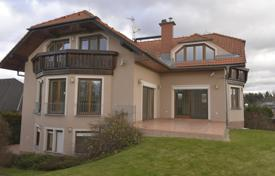 Property for sale in Central Bohemia. Townhome – Pruhonice, Central Bohemia, Czech Republic