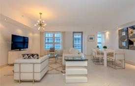 2 bedroom apartments for sale in North America. Apartment – Miami Beach, Florida, USA