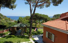 Coastal houses for sale in Tuscany. Villa – Livorno, Tuscany, Italy