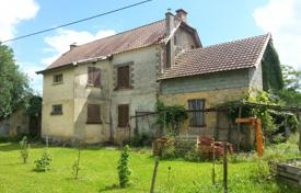 4 bedroom houses for sale in Nouvelle-Aquitaine. Historic two-storey villa with outbuildings, 10 minutes drive south of the Caves of Lascaux, Dordogne, France