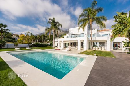 6 bedroom houses for sale in Malaga. Fantastic Contemporary Style New Villa in Sierra Blanca, Marbella Golden Mile