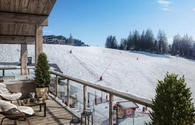 Luxury 5 bedroom apartments for sale in Auvergne-Rhône-Alpes. Apartment with a balcony and a sauna with mountain views, in a new residence, in the center of the ski resort, Les Gets, Alpes, France
