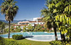 Superb apartment in a resort complex, Benahavis, Costa del Sol, Spain for 482,000 €