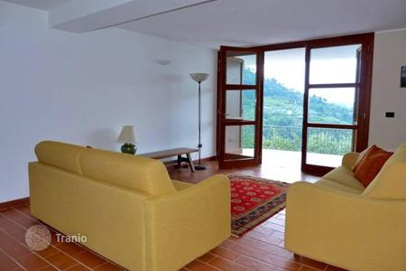 Residential for sale in Dolceacqua. New villa with a terrace, a swimming pool and a large garden, in a remote place, near the center of Dolceacqua, Italy
